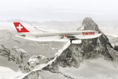 """Авиакомпания Swiss ждет """"Первый снег"""""""