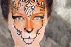 На Алтае выпустили календарь с финалистками конкурса красоты в образах редких животных