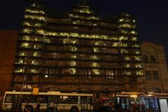 Фасад Политеха превратили в инсталляцию