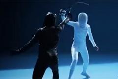 В новом ТВ-ролике от Агентства ACG герои вступают в битву на шпагах против боли и одерживают решительную победу