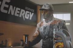 В новой рекламе масел G-Energy принял участие имитатор звуков