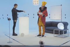 Samsung снял комедийный сериал о будущем высоких технологий