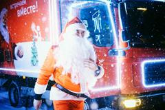"""""""Рождественский караван Coca-Cola"""": как рекламная кампания превратилась в масштабный волонтерский проект"""