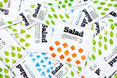 Айдентика средств для чистки Salad