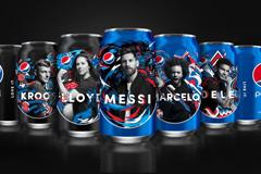 Pepsi живет футболом и раскрашивает мир в синий в новой футбольной кампании 2018 года