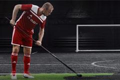 Зачем Денис Глушаков перекрасил футбольное поле в черный цвет?