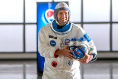 Пол Радд и Майкл Пенья отправятся в космос ради любви к Pepsi