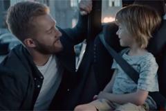 Volvo Car Russia отмечает день рождения ремня безопасности социальной рекламной кампанией #HugMeBelt