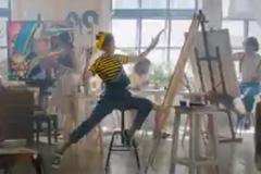 """""""Билайн"""" и Contrapunto отправили Олю Кузьмину на урок рисования"""