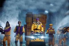 Яндекс.Маркет запустил новогодний ролик с курьерами-супергероями