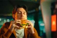 """Макдоналдс"" и Leo Burnett Moscow показали, что ради Биг Тейсти Три сыра люди готовы на многое"