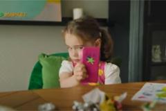 СберМаркет запустил новую рекламную кампанию, посвященную быстрой доставке